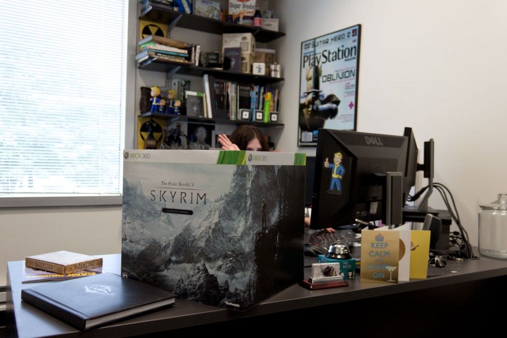 http://cdnstatic.bethsoft.com/bethblog.com/wp-content/uploads/2011/09/cebox-1024x682.jpg